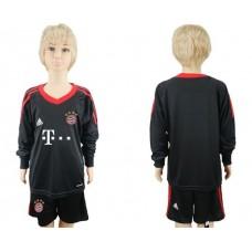 2017-2018 club Bayern Munchen goalkeeper Long sleeve youth soccer jersey